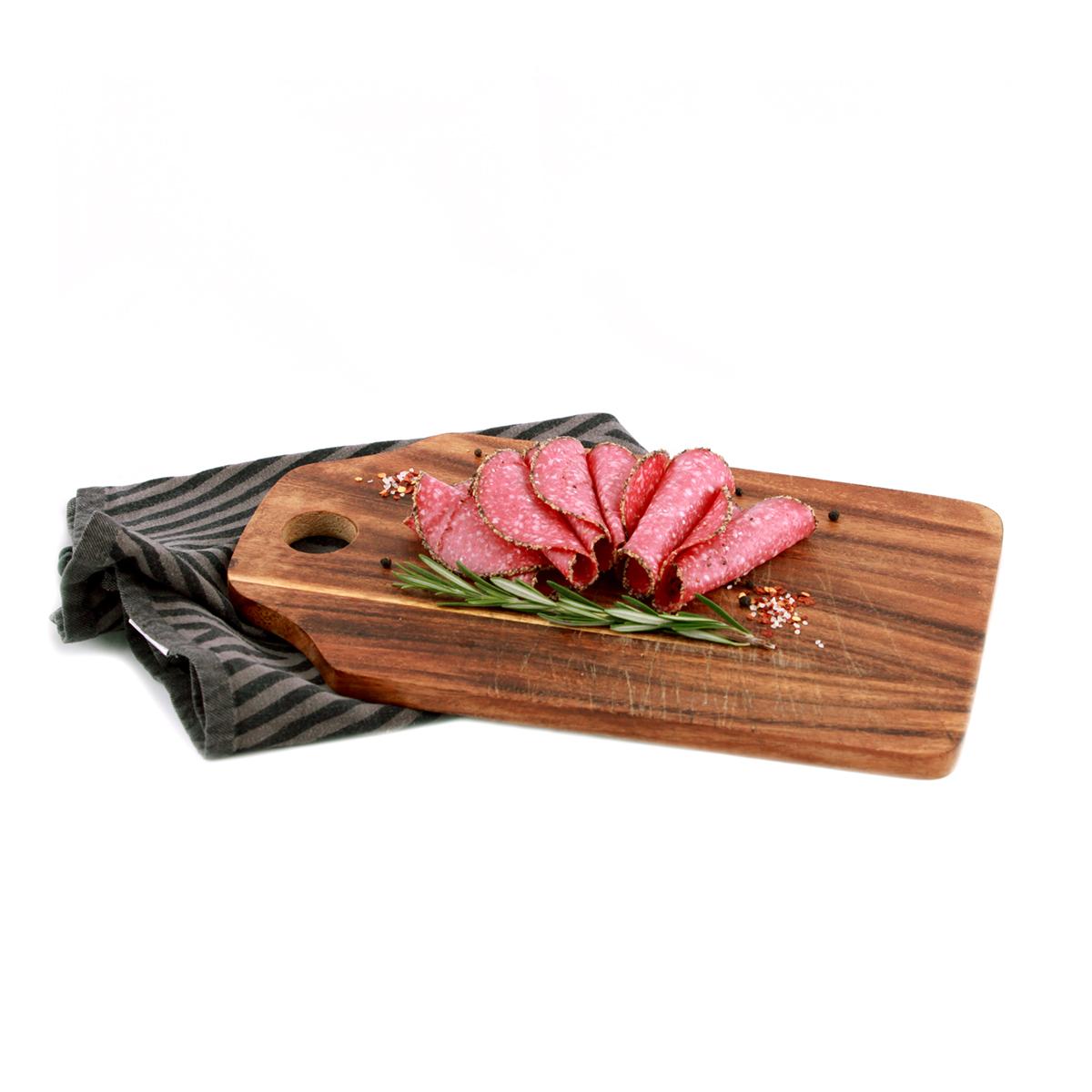 Pfeffer-Salami geschnitten